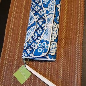 VERA BRADLEY wallet with wrist strap